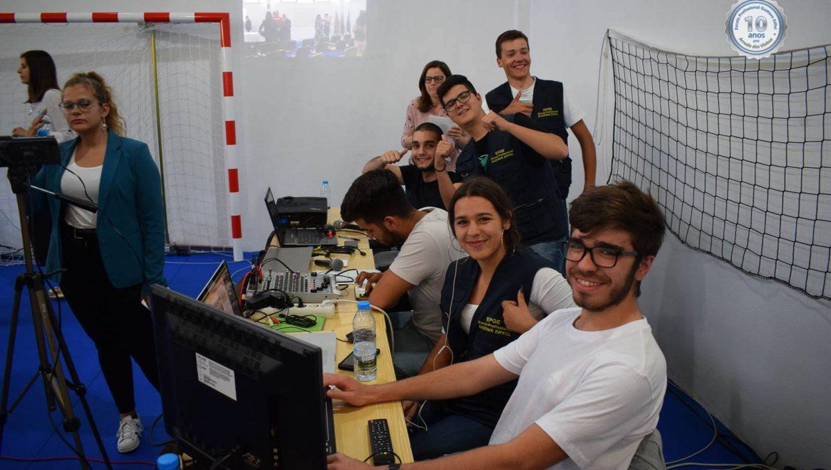 Parte da equipa de Multimédia (alunos do Curso Técnico de Multimédia)