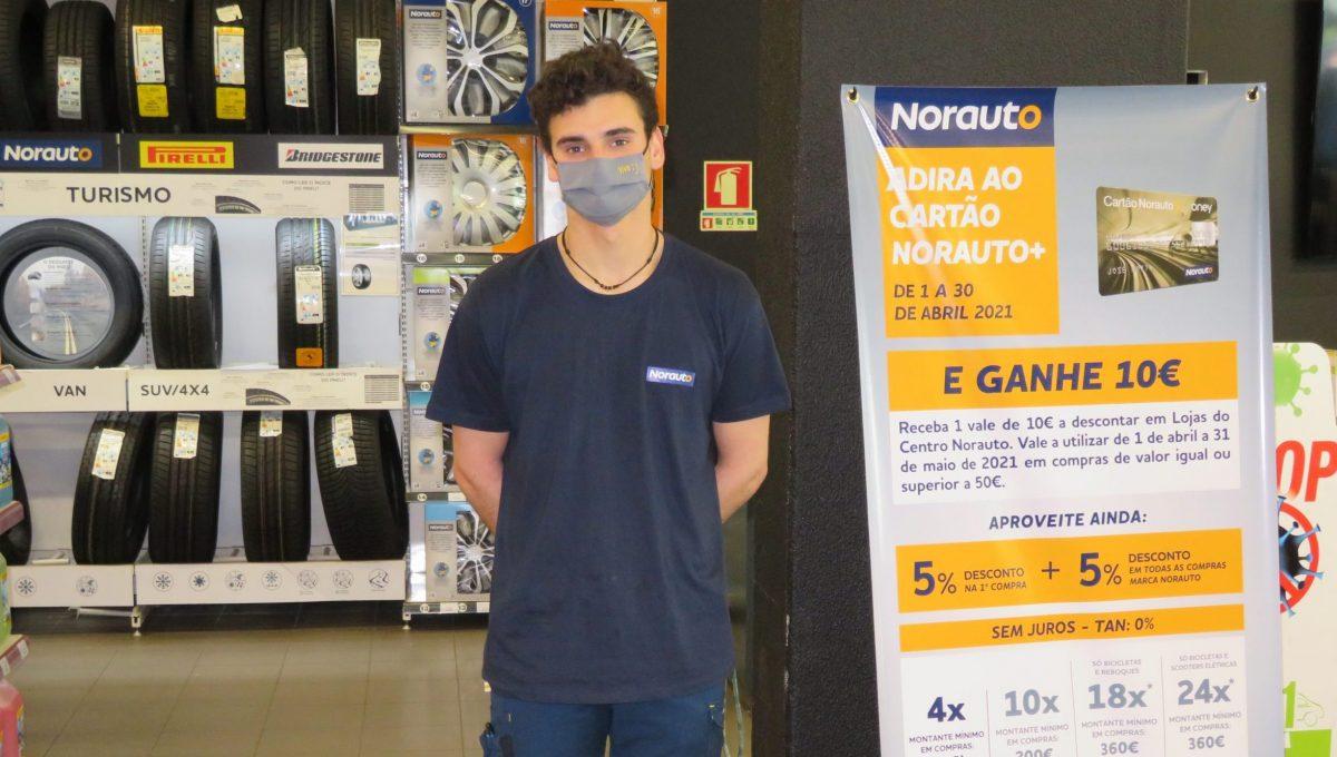 Diogo Costa na Norauto, em Sacavém